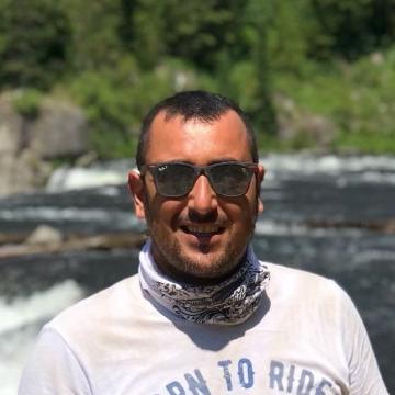 Yunus Emre, 39, Istanbul, Turkey