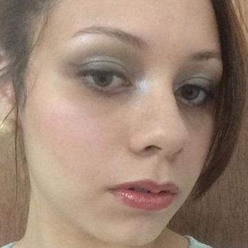 Alexandra Estefanía Padilla, 24, Caracas, Venezuela