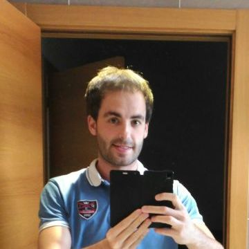 Borja, 33, Bilbao, Spain