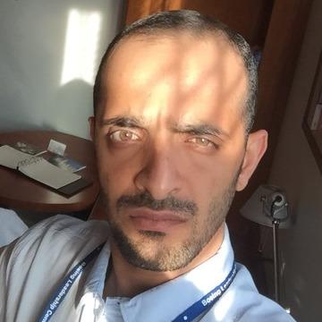 Khalid, 34, Kenyon, United States