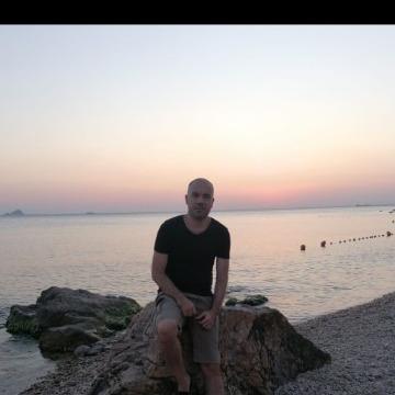 Onur, 36, Istanbul, Turkey