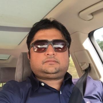 Arif, 41, Dubai, United Arab Emirates