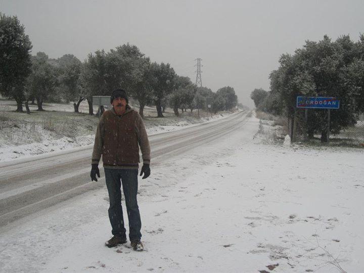 Benli Emin, 61, Izmir, Turkey