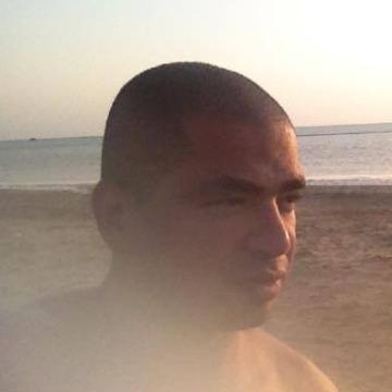 Don Askary, 41, Bishah, Saudi Arabia