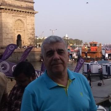 crimson, 53, Istanbul, Turkey