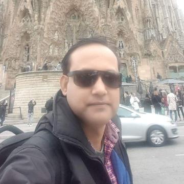 Mohosin Mehedi, 42, Dhaka, Bangladesh