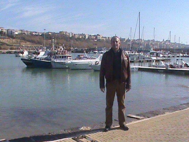 ettore, 49, Catania, Italy