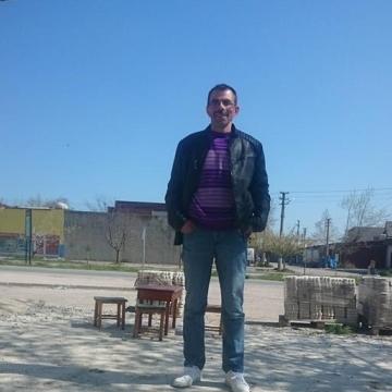 Mahmut Yavuz, 44, Samsun, Turkey