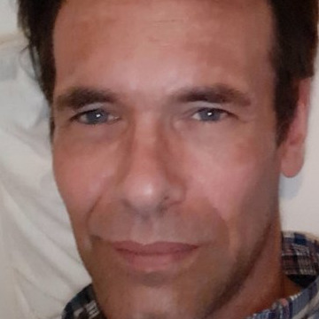 Steve A., 45, Montreal, Canada