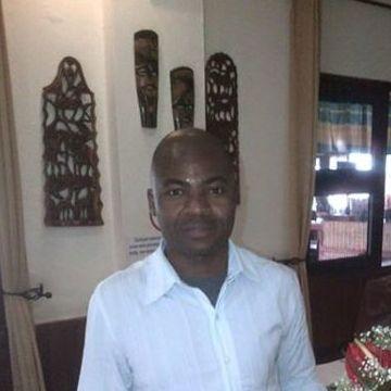 Raul Netia, 41, Maputo, Mozambique