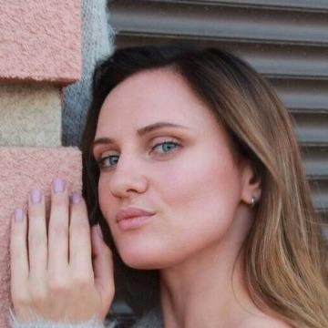 Nadia, 34, Orange Park, United States