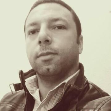 Andre Sobral, 40, Sao Paulo, Brazil
