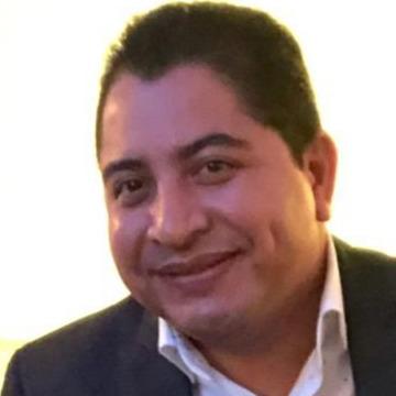 Luis, 43, San Salvador, El Salvador