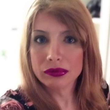 Mina Şerbetçi, 30, Istanbul, Turkey
