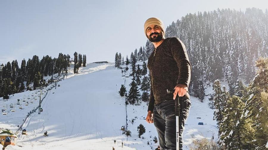 Malik Zeeshan Iqbal, 27, Karachi, Pakistan