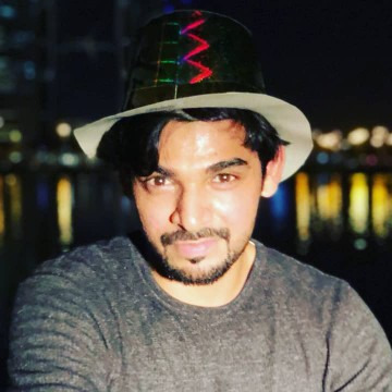 Sid, 29, Manama, Bahrain