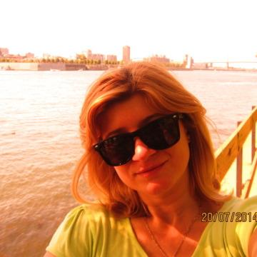 Serena, 38, Montreal, Canada