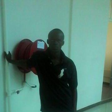 Shukri Shukrani, 27, Nairobi, Kenya
