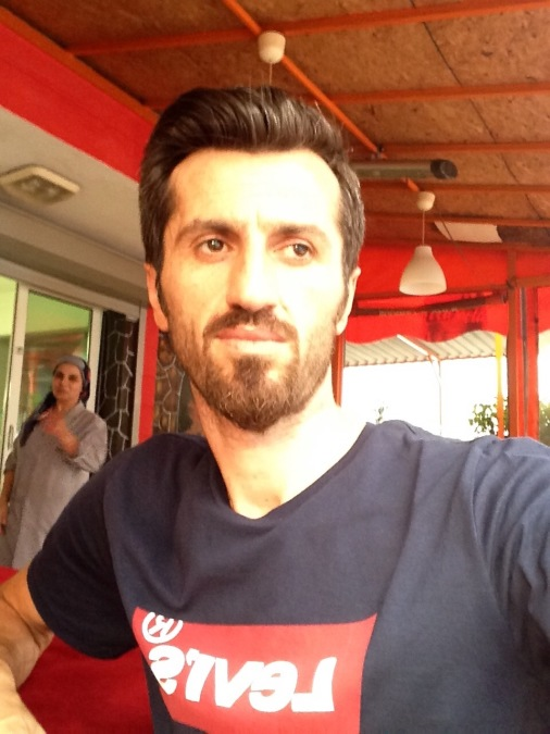 Cafer bayraker, 35, Istanbul, Turkey