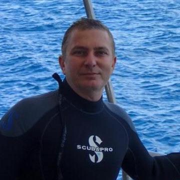 Oscar Kara, 41, Adana, Turkey