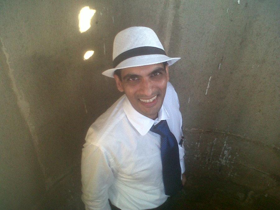Jay, 41, Mumbai, India