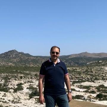 Ali, 40, Bursa, Turkey