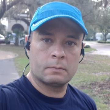 Valmir Dantas, 43, Sao Paulo, Brazil