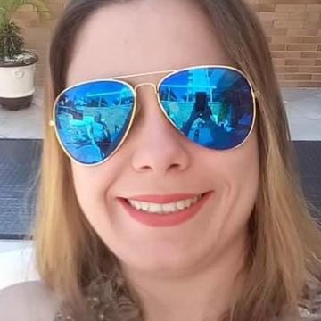 Natalia Rigueti, 27, Osasco, Brazil