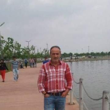 Erşan Demir, 55, Gaziantep, Turkey