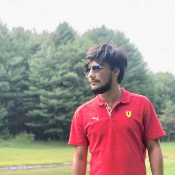 Shah Waris, 24, New Delhi, India