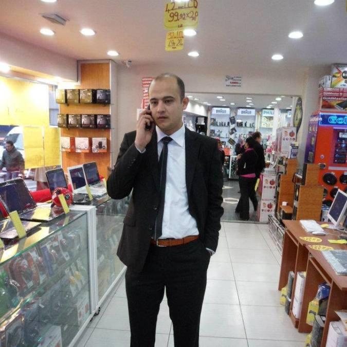 Yusuf Atik, 36, Izmit, Turkey