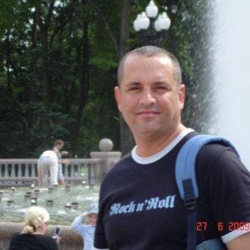 MERT, 44, Istanbul, Turkey