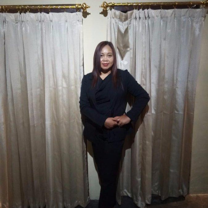 Tatik, 46, Surabaya, Indonesia
