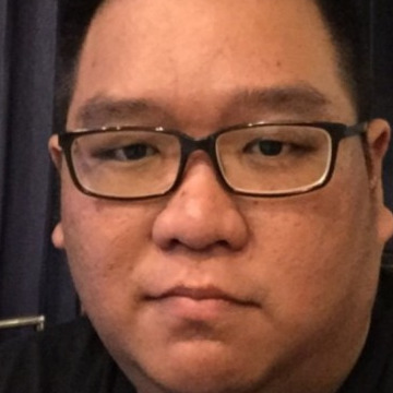 Rully Setiawan, 34, Surabaya, Indonesia