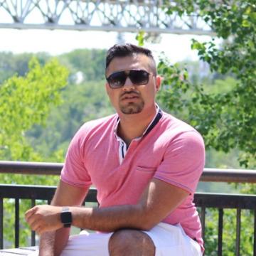 Hamza Rehman, 26, Toronto, Canada