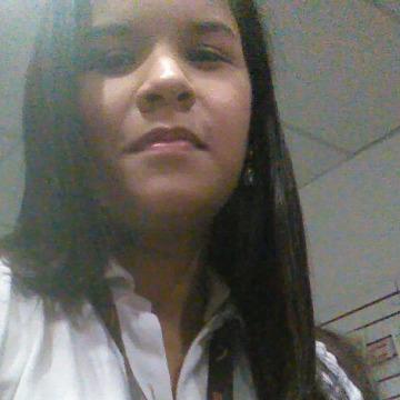 Belinda Leen, 27, Coro, Venezuela