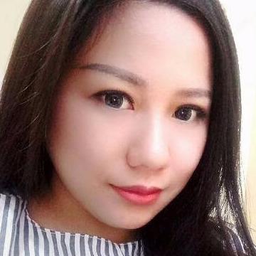 Aine, 32, Surabaya, Indonesia