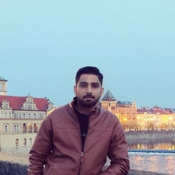 Juanciro, 30, Dubai, United Arab Emirates