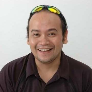 Jebo Mendoza, 47, Manila, Philippines