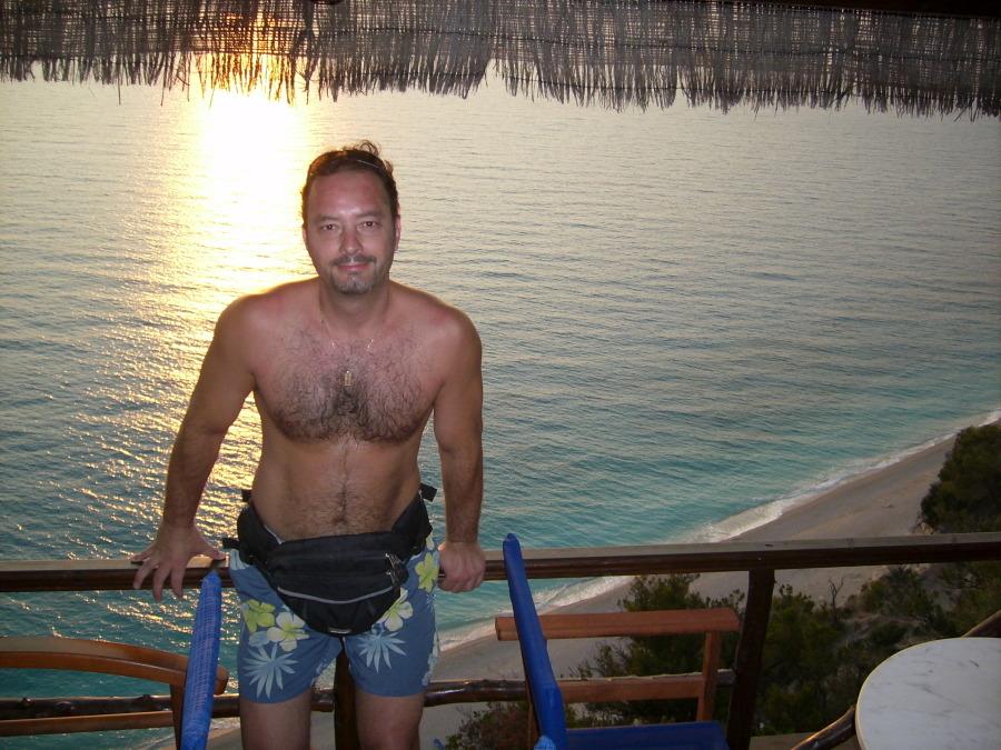 mitsos, 41, Athens, Greece
