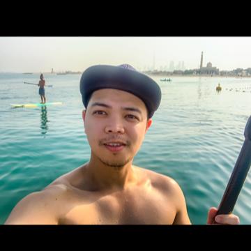 Louie, 31, Dubai, United Arab Emirates