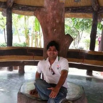Priyan, 37, Thane, India
