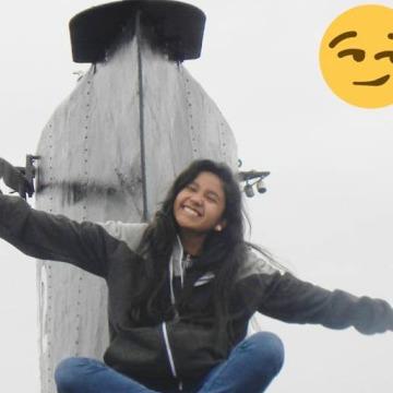 Medelyn Rosa Castillo Palacios, 19, Arequipa, Peru