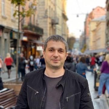 Yuriy, 38, Lviv, Ukraine