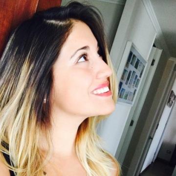 Daniela Grandón, 31, Santiago, Chile