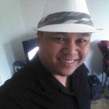 James, 43, Santa Ana, United States