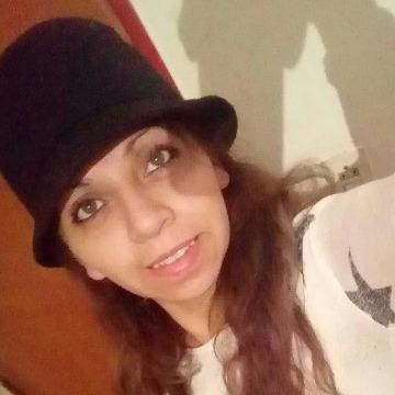 Claudia, 36, Mendoza, Argentina