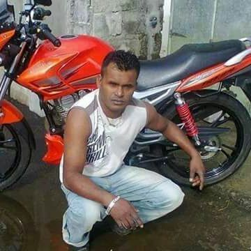 Irfan Beeharry, 39, Vacoas, Mauritius