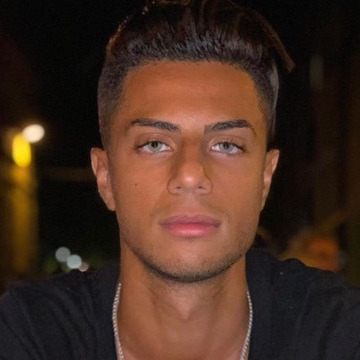 Ali, 24, Beyrouth, Lebanon