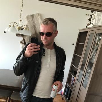 Einar Pétursson, 41, Reykjavik, Iceland